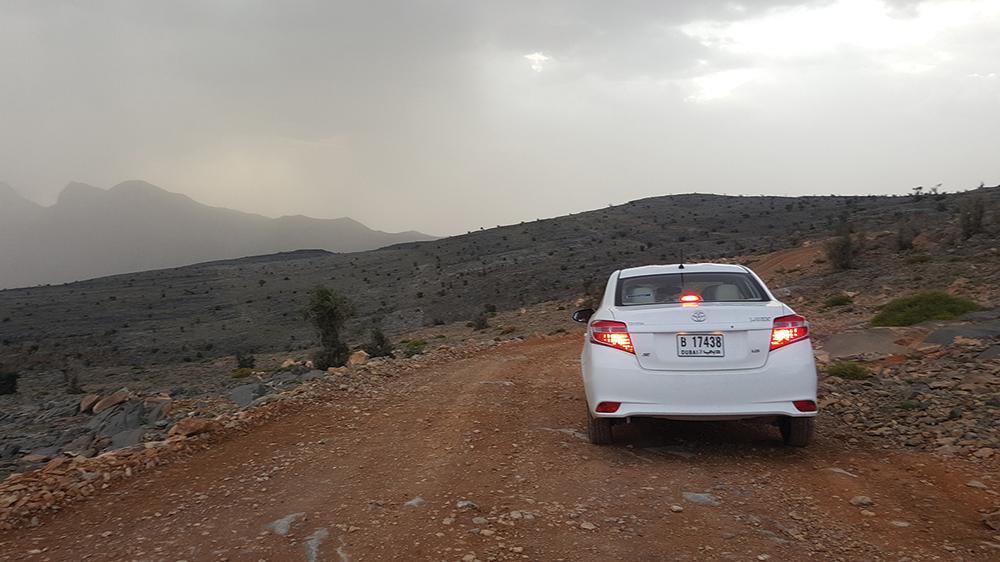 Al nostru Yaris a reuşit să urce la 2.000 de metri, pe un drum greu, șerpuit și neasfaltat, contrazicându‑i astfel pe localnicii care erau convinşi că vom face cale întoarsă.