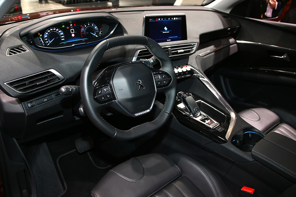 Paris 2016 Peugeot 3008 2