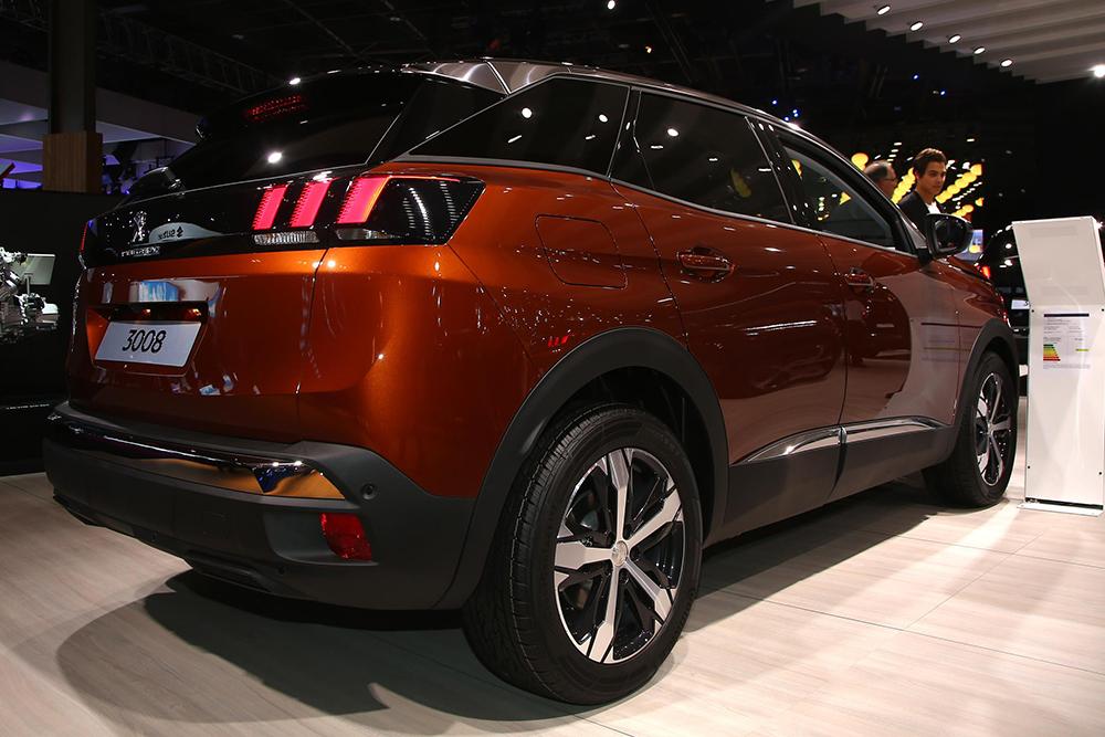 Paris 2016 Peugeot 3008