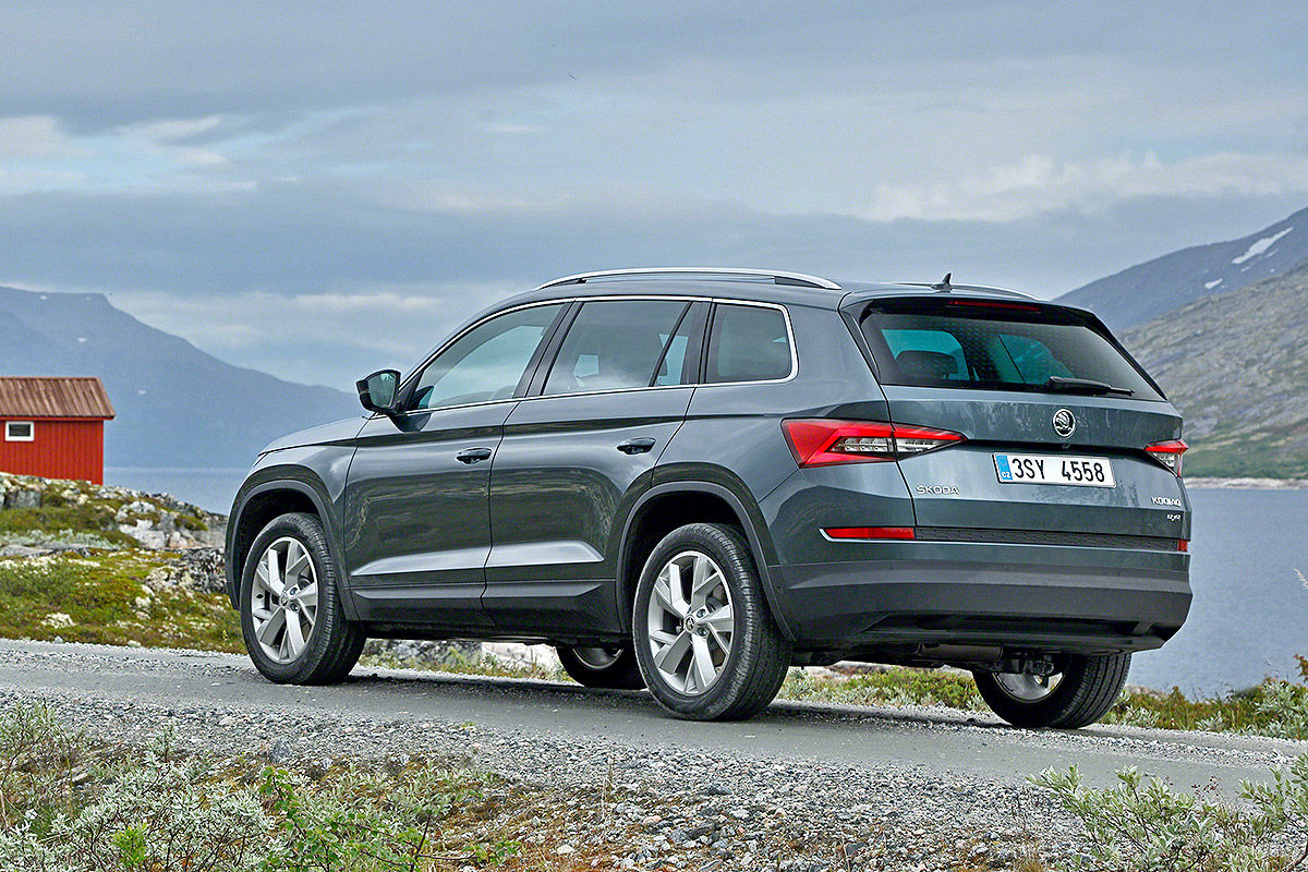 autotest magazinskoda kodiaq lansat la paris autotest. Black Bedroom Furniture Sets. Home Design Ideas