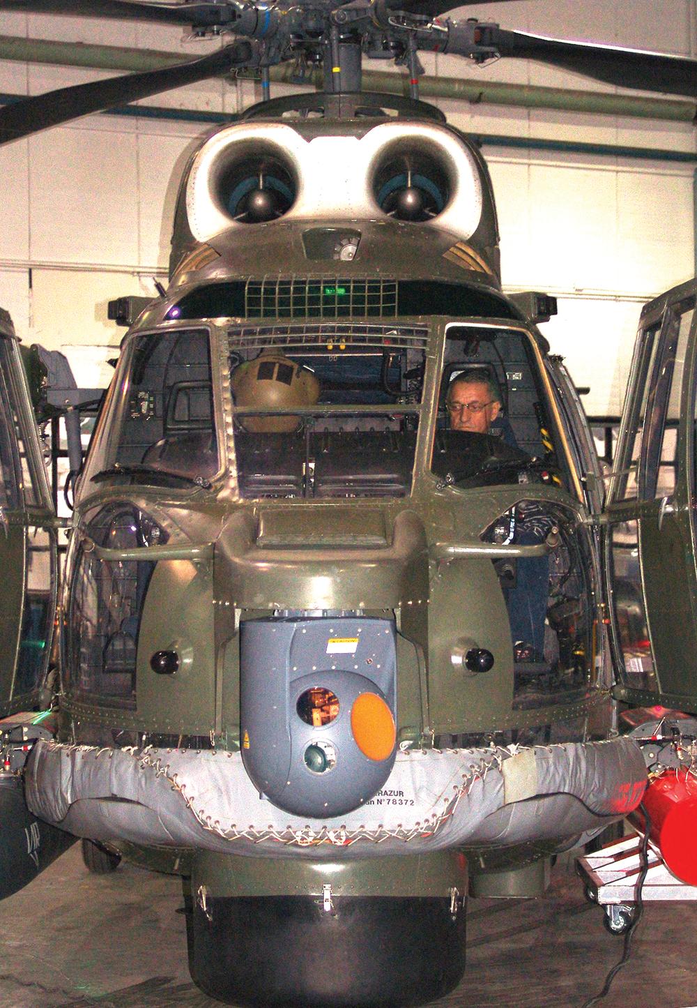 IAR 330 PUMA (7)